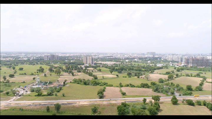 Have a look of drone view of the surrounding view at #Stanza.  #ConstructionUpdates #SamarthBuildcon #LuxuryLiving #Home #Ahmedabad #SmartLiving #RealEstate