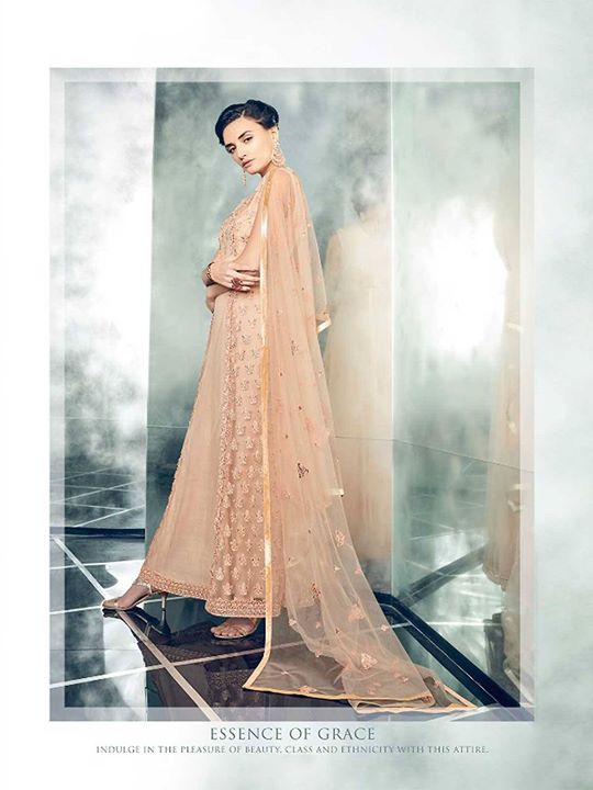 Buy online eid special peach color floor length anarkali dress, embroidered occasion wear suits from ZaraaFab. We offer long anarkali dress collection in  extremely fashionable and graceful look. https://bit.ly/2JsFwuP #eidclothes #salwarkameez #onlineshopping #eidoutfits #peachanarkalidress #designersuits #salwarsuits #indianwear #ethnicdress #eiddresses #pakistanifashion #eidoutfit #eidcollection
