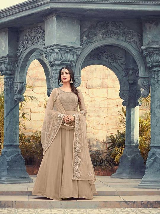 Shop online chiku color bollywood designer georgette long anarkali suit dress with special offers and great discounts. Choose latest collection of eid clothes at ZaraaFab. https://bit.ly/2CXHsaY #salwarkameez #floorlengthsuits #partyanarkalisuit #partywear #bollywood #indianfashion #indianclothstore #asianfashion #beautifuldress #salwarsuitonline #eidspecialdress #longdress #onlineshopping #festivalclothing