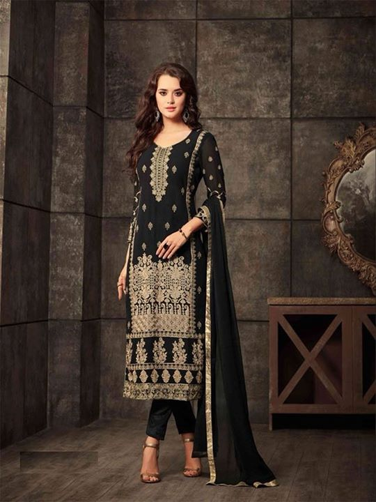 Shop latest designs of black party wear indian salwar suit online for women at affordable price. ZaraaFab offers extensive collection of designer party wear salwar kameez in UK. https://bit.ly/2Jw2KAg #blacksalwarkameez #partywear #indianclothes #salwarsuit #ladiesdress #ethnicwear #salwarkameez #onlineshopping #designerdress #partywearsuit #fashionable #embroidered #semistitched #eidcollection #indianfashion #eid2018