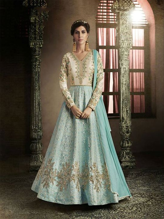 ZaraaFab offers firozi embroidered semi stitched anarkali suits for wedding, bridal or party wear. Get latest anarkali suit for women at best price in UK. https://bit.ly/2JsFwuP #firozianarkali #embroideredsuit #semistitched #anarkalisuit #designerwear #salwarkameez #onlineshopping #womenclothes #anarkalisalwarsuit #indiandress #anarkalistyle #floorlengthsuit #designeranarkalisuit #indianfashion #eidcollection
