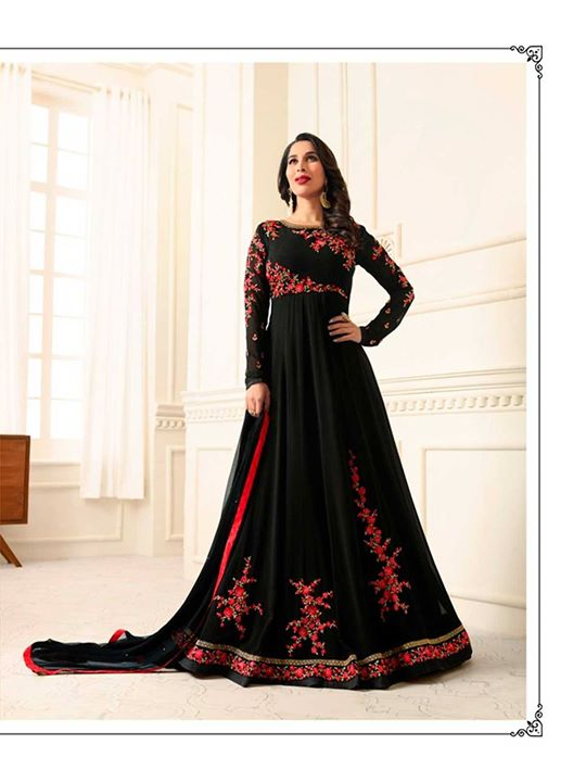 Shop from ZaraaFab's beautiful collection of black party wear anarkali suits at best discounts and deals. Get latest designer anarkali suits for your special occasions. https://bit.ly/2JsFwuP #blackanarkalisuit #anarkalidress #gown #onlineshopping #partywear #indianfashion #bridalwear #salwarsuits #womenclothing #anarkalifrock #pakistanidress #eidoutfit #ethnicwear