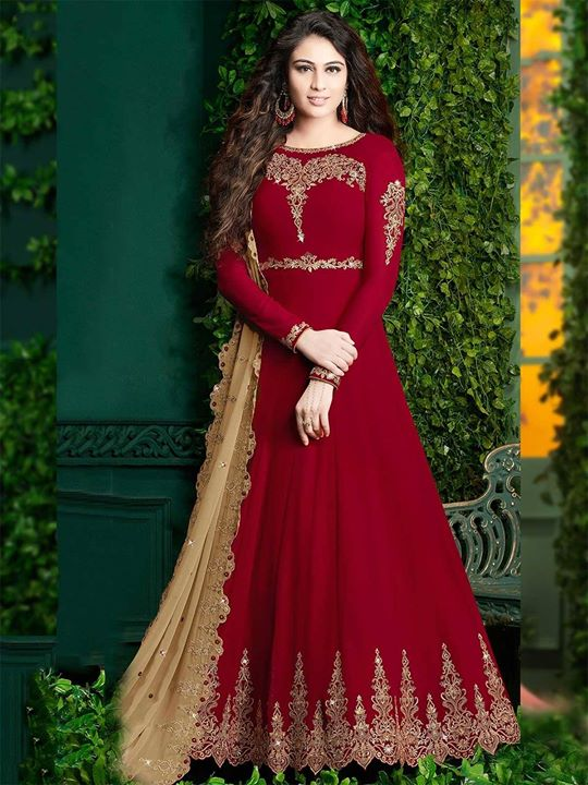 Buy maroon color designer floor length embroidery anarkali suit for women online at affordable price. Order this beautiful outfit from huge collection of Indian anarkali suits. https://bit.ly/2CXHsaY #anarkalisuits #floorlengthanarkali #salwarsuits #designeranarkali #salwarkameez #bollywoodfashion #indianfashion #indianwear #indiandress #longanarkali