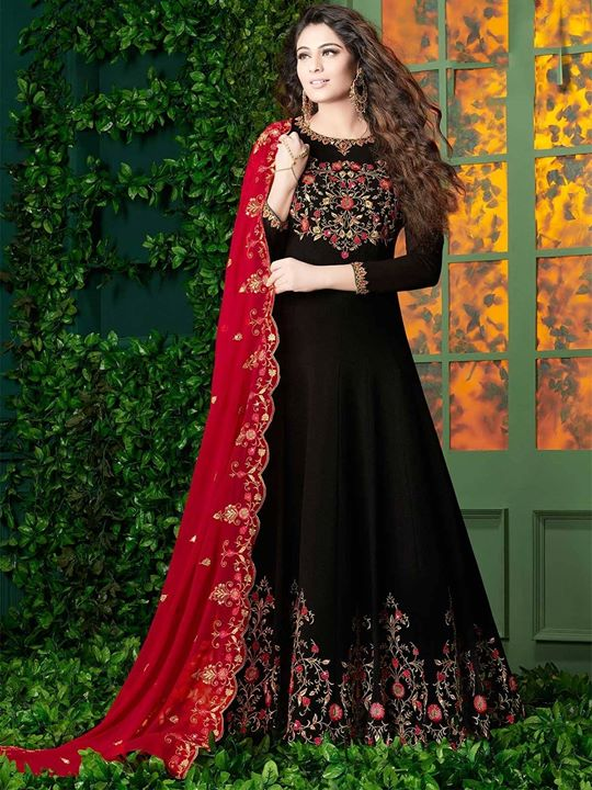 Shop black color fashionable designer Georgette floor length salwar suits Online with best deals at ZaraaFab. Buy your own styled party wear Bollywood dress and festive wear anarkali salwar kameez at affordable cost in UK. https://bit.ly/2CXHsaY #anarkalifrock #bollywoodsalwarkameez #floorlengthsuits #pakistanifashion #partywear #salwarkameez #indianwear #ethnicwear #indiandressstore
