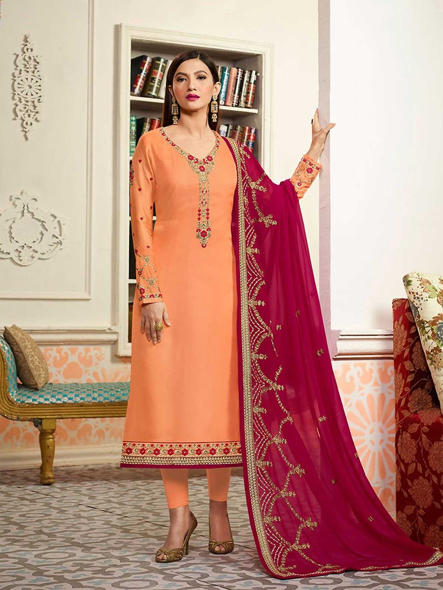 Shop stylish designs of orange salwar suits at best price. https://t.co/38bxMw5hGL #orangesalwarsuit #salwarkameez #bollywood #ethnicwear #anarkalisuits #bollywooddesignersuit #indianfashion #indianclothes #ethnicwear #anarkalis #indianwear #weddingdress #womensfashion #weddings https://t.co/c7hLDsh1lA