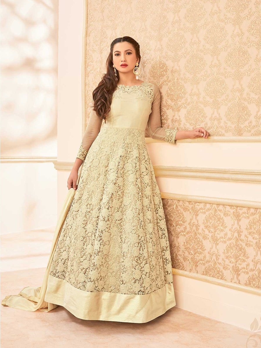 Shop online stylish cream color long anarkali suit for special occasions. https://t.co/bkKRyoKW3J #creamanarkalisuit #anarkalisuits #indianfashion #womenclothing #salwarkameez #gown #ethnic #indianoutfit #partyweardress #onlineshopping #asiansuits #asianclothes #handembroidery https://t.co/nh70DwNTXQ