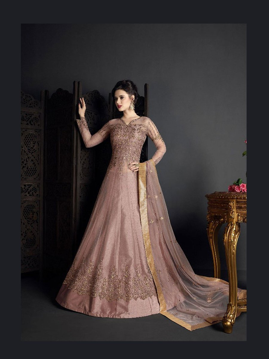 Buy purple color stylish floor length anarkali suit and designer anarkali salwar kameez at great price. https://t.co/T5fVD3CAY0 #purpleanarkalisuit #indianfashion #bridalwear #dress #semistitched #dressmaterial #ladiesoutfit #eidcollection #newcollection #embroidery #ethnic #gown https://t.co/FyZCKWo7wB